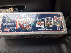 Factory Sealed Football Card Set for Sale in Benton City, WA