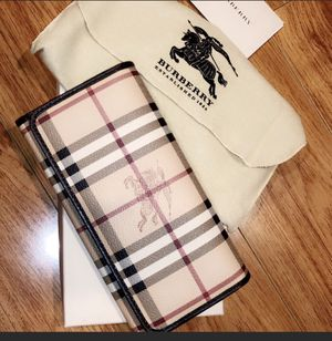 Burberry Wallet for Sale in Glendale, CA