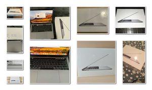 $400///2018//MacBook//RO//16GB for Sale in Louisville, KY