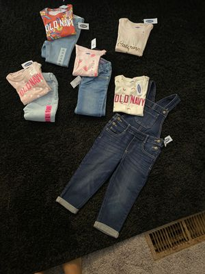 3T girls outfits for Sale in Atlanta, GA