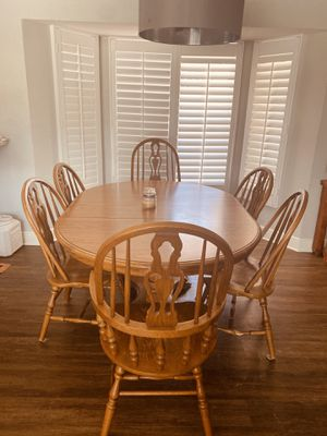 Real wood kitchen table and six chairs for Sale in Fort Myers, FL