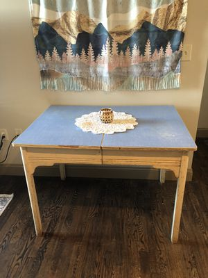 Vintage Kitchen Table for Sale in Wichita, KS
