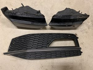Audi A4 S4 driver left side lower grille bumper for Sale in Renton, WA