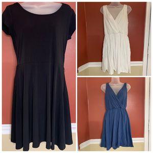 #B8 Ladies 3 piece Dress Bundle sz Small for Sale in Portsmouth, VA