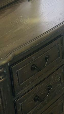 1Dresser With Mirror 1 Nightstand For Bedroom for Sale in Renton,  WA