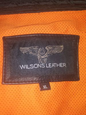 MENS XL LEATHER RIDING JAKET for Sale in Modesto, CA