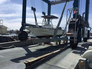 Boston whaler Montauk 21. 2013 one owner for Sale in Newport Beach, CA
