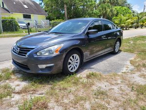 Nissan Altima 2013 good condition everything works for Sale in West Palm Beach, FL