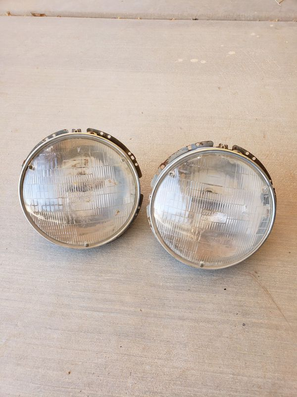 1968 1979 Vw Beetle Bug Headlight Emblies