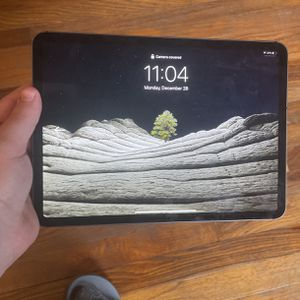 iPad Pro (WiFi+Cellular 64GB) for Sale in New Albany, IN