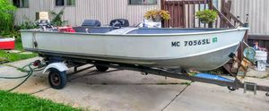 14fr aluminium fishing boat with motor and trailer for Sale in Macomb, MI