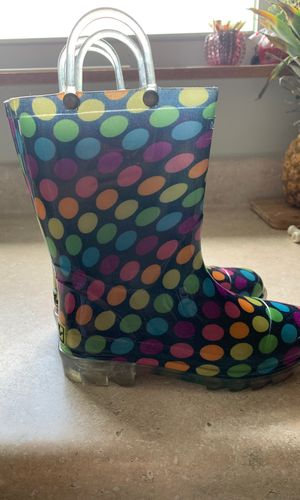 Light up Girls rain boots size 13 for Sale in St. Louis, MO