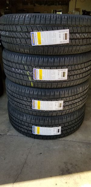 275 60 20 GOODYEAR WRANGLER TIRES for Sale in Colton, CA