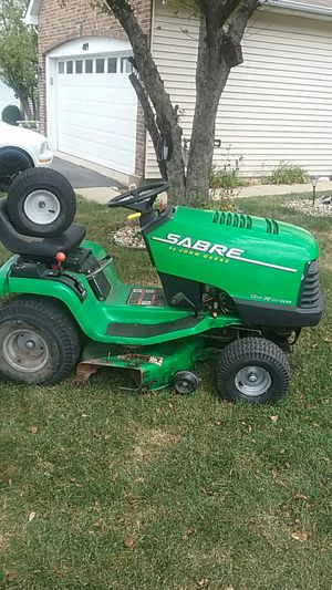 John deer tractor Sabre for Sale in Romeoville, IL