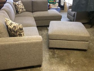 New Gray Couch for Sale in Everett,  WA