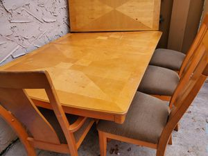 Wood table for 6,, comes with 5 chairs, extension included to fit 6. Normal wear and tear. Asking $100 OBO. for Sale in Plantation, FL