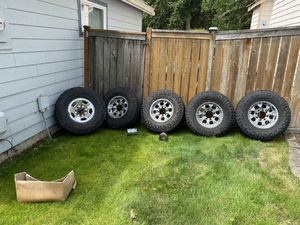 Wrangler LT tires for Sale in Puyallup, WA