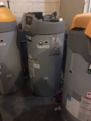 3 AO Smith btxl 100-140 water heaters for Sale in Bladensburg, MD