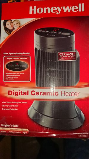 Honeywell ceramic heater for Sale in Palm Harbor, FL
