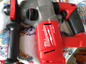 Milwaukee M18 FUEL rotary hammer drill for Sale in O'Fallon, MO