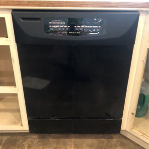 Dishwasher for Sale in Huntington Beach, CA