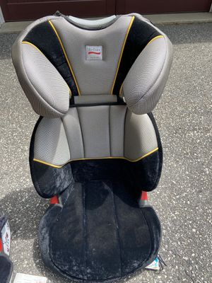 Set of 2 britax parkway car seats. Black and gray adjustable for Sale in North Kingstown, RI