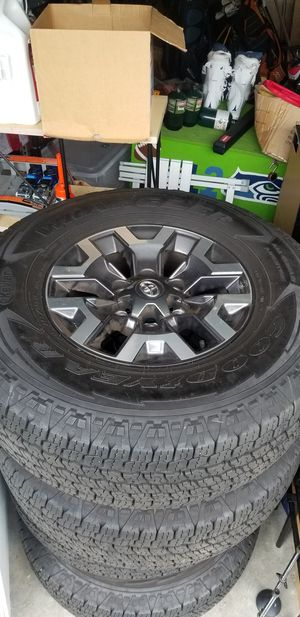 Almost brand new! 2018 TOYOTA TACOMA TRD OFF-ROAD OEM WHEELS AND TIRES (ONLY 3K MILES) for Sale in Snoqualmie, WA