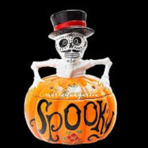 "Scentsy ""Spooky Warmer"" for Sale in La Puente, CA"