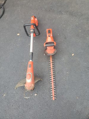 ** pending pickup** Free - Weedwacker and hedge clippers for Sale in Scituate, RI