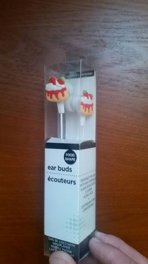 Ear Buds-Strawberry Shortcake for Sale in Saint Pete Beach, FL