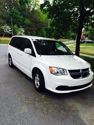 Dodge Grand Caravan sxt for Sale in Silver Spring, MD