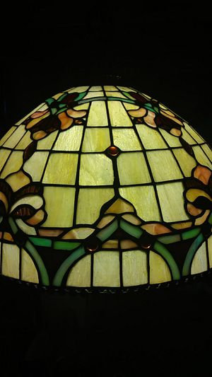 Tiffany style lamp shade for Sale in St. Louis, MO