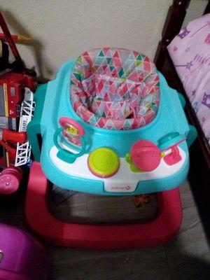 Baby Girl Walker for Sale in Houston, TX