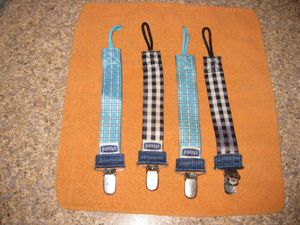 Chico Natural fit Fashion Pacifier Clip for Sale in Traverse City, MI