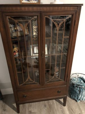 Antique mahogany China cabinet with light for Sale in Orlando, FL