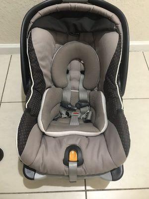 Chicco Keyfit30 Infant Car Seat for Sale in Margate, FL