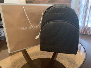 BRAND NEW MICHAEL KORS BACKPACK!! for Sale in Grand Prairie, TX