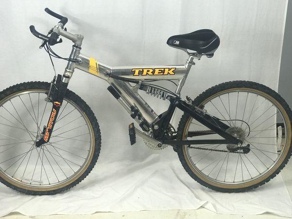 """1997 Men's Trek Mountain Bike Full Suspension 8-Spd """"26 Wheels Chrome- 19"""""""