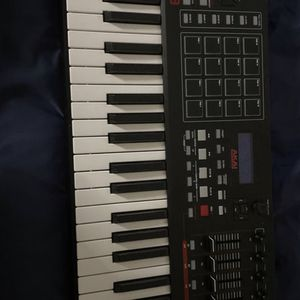 Akai MPK 249 for Sale in Pico Rivera, CA