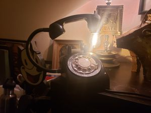 Custom made vintage phone lamp for Sale in Oro Valley, AZ