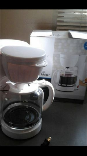 GOOD COFFEE MAKER. $9 for Sale in Irwindale, CA