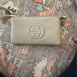 Gray Louis Vuitton Wallet for Sale in Tustin,  CA