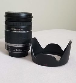 Canon EF-S 18-200mm f/3.5-5.6 IS Standard Zoom SLR Lens for Sale in Cape Coral,  FL