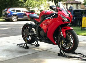 H0nda CBR1OOORR with just over 9k miles. for Sale in Richmond, VA
