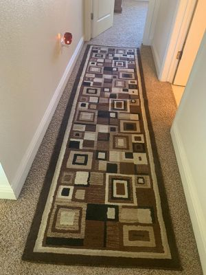 BEAUTIFUL LARGE AREA RUG for Sale in Fresno, CA
