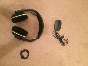 Gamescom wireless gaming headphones for Sale in Canal Fulton, OH