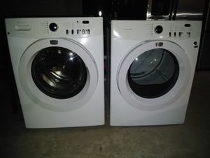 Frigidaire washer and electric dryer for Sale in Fresno, CA