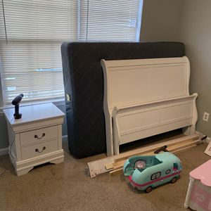 White nice Kids bedroom Suite Dresser,night Stand,bed Frame Only No Mattress for Sale in Stonecrest, GA