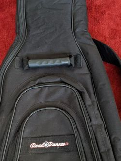 "Roadrunner Guitar Case Gig Bag Interior 35""X13"" 3/4 Size for Sale in Los Angeles,  CA"