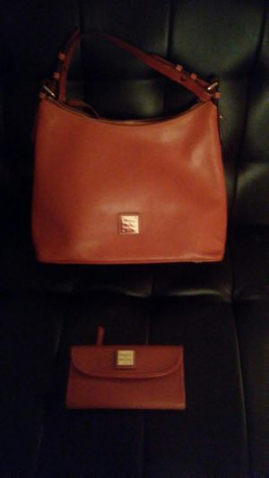 Real Dooney and Burke Bag and Wallet set for Sale in Indianapolis, IN